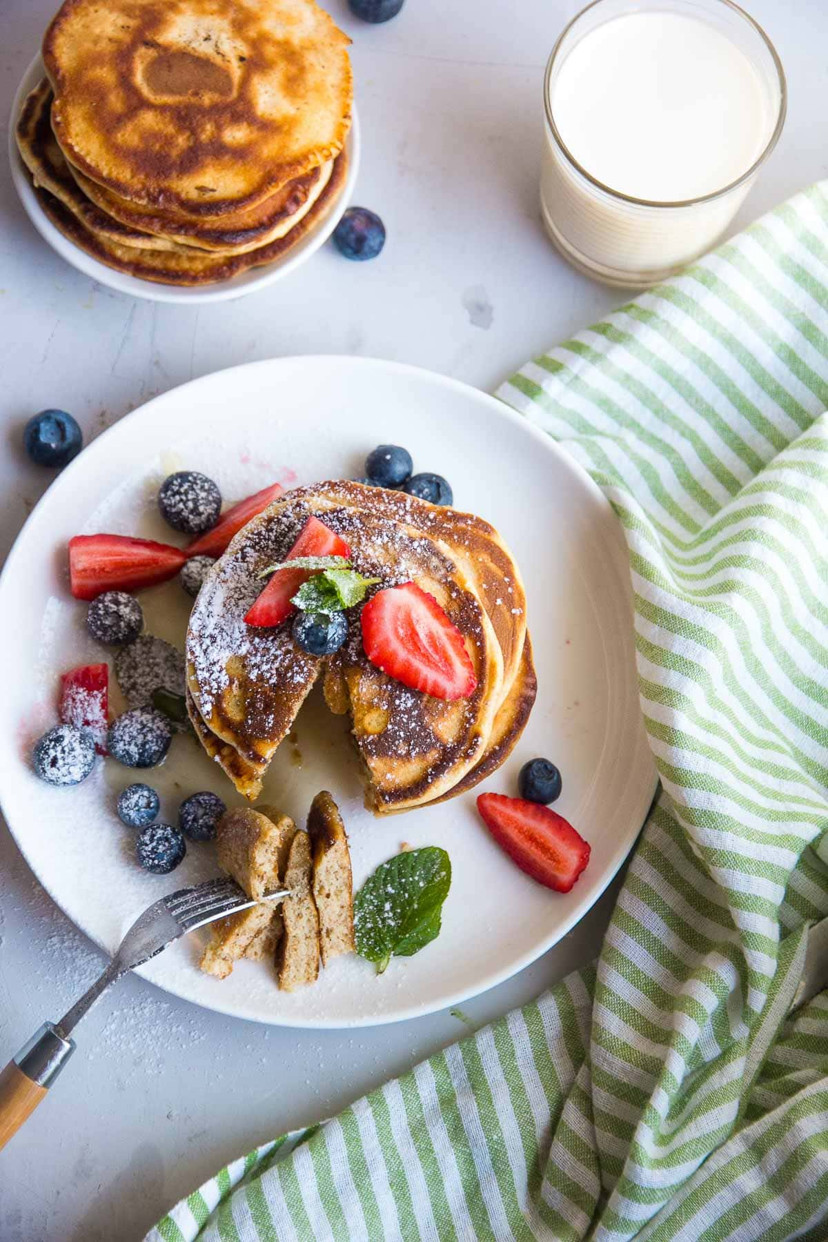 Breakfast recipe for keto almond flour pancakes that are low carb and gluten free.